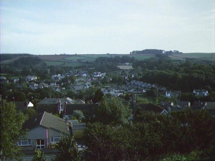 Yealmpton Village,facing south-1986