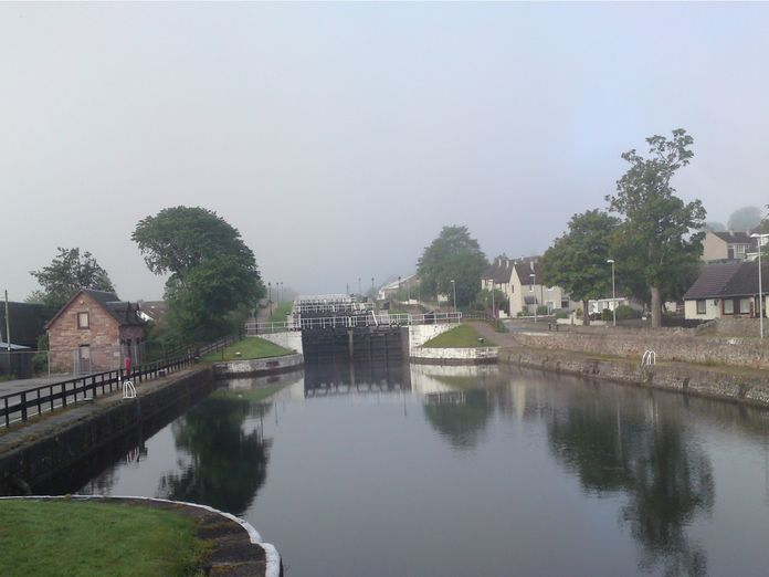 LOCKS AT THE CALEDONIAN CANAL-2011