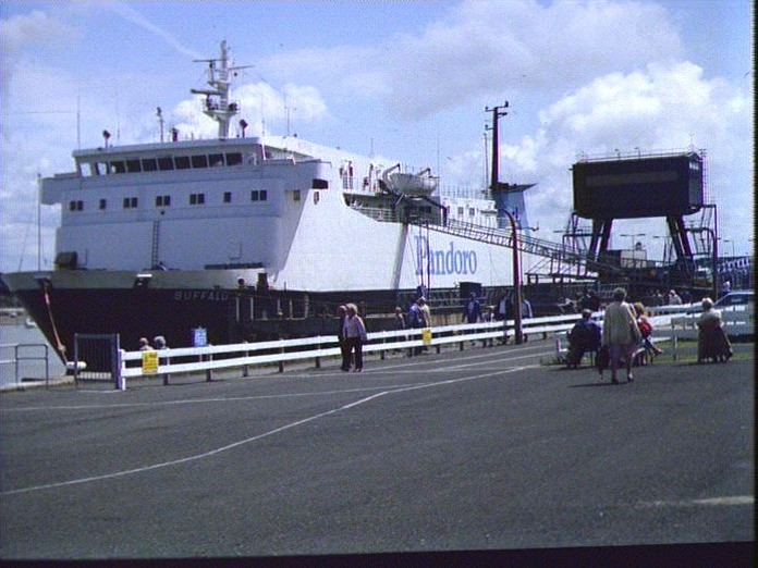 THE BUFFALO IN FLEETWOOD DOCK-1986