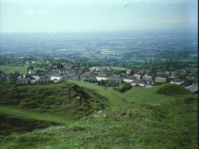 CLEE HILL AND SURROUNDING AREA-1986