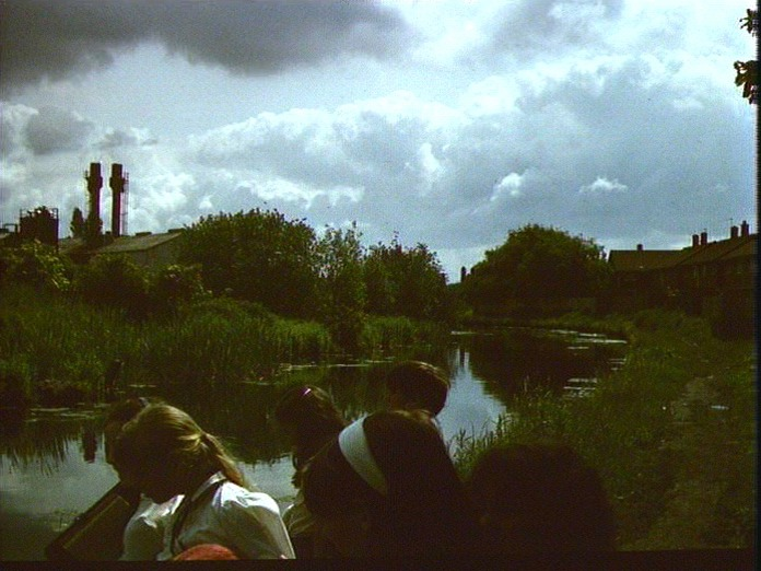 A walk along the Wyrley Canal.-1986