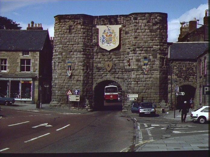 HOTSPUR GATE-1986