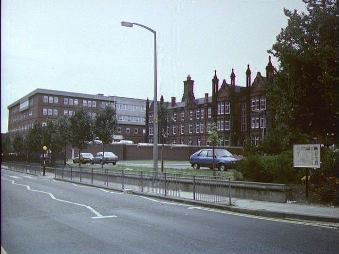 ALONG A MAIN ROAD OUT OF LEEDS-1986