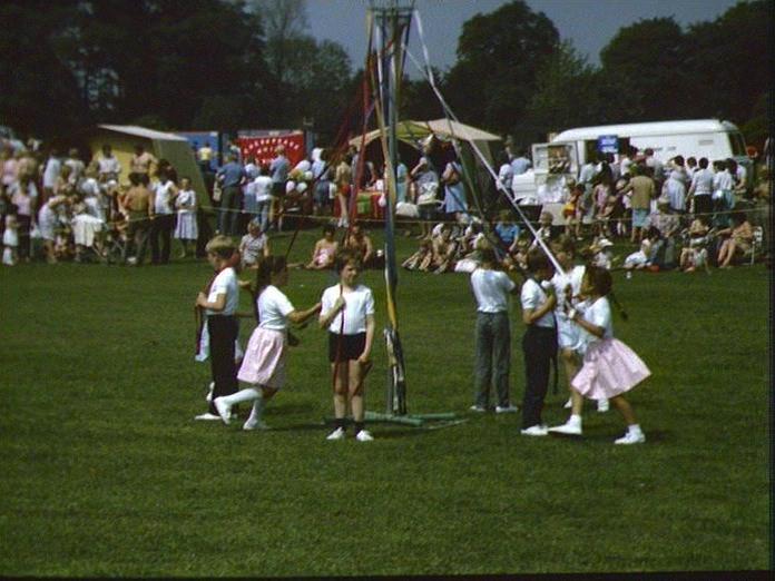 MAYPOLE DANCING, CARNIVAL-1986