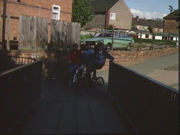 YOUTH IN CHADDESDEN.-1986