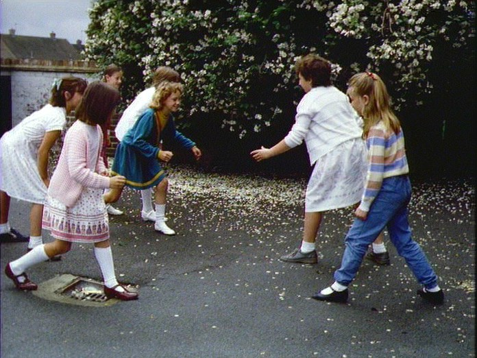 STH WINGFIELD CHILDREN'S GAMES-1986