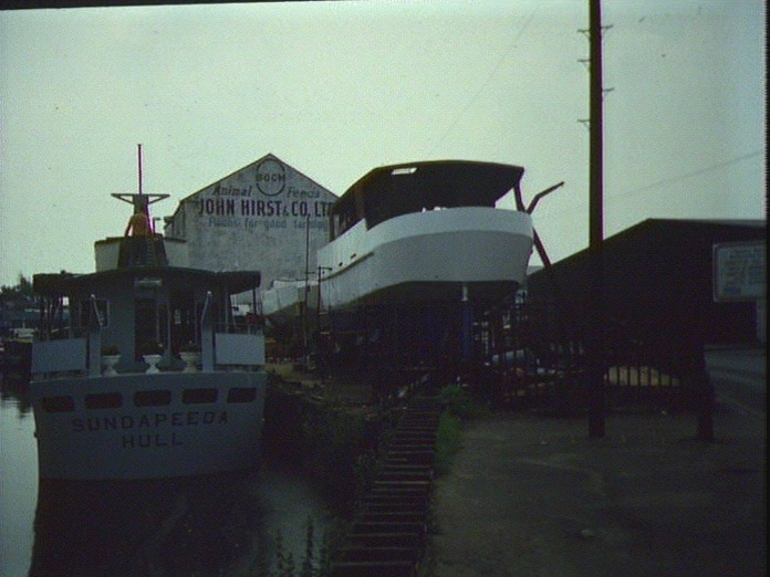 Boat building in Wakefield-1986