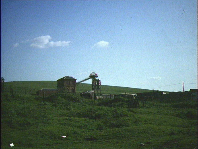 WINDING HOUSE,OLD SLAG HEAP-1986