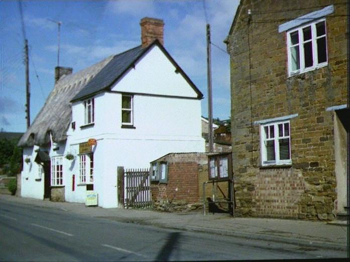 Ravensthorpe Village shop-1986