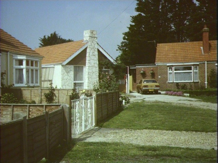 SEAFRONT ESTATE-1986