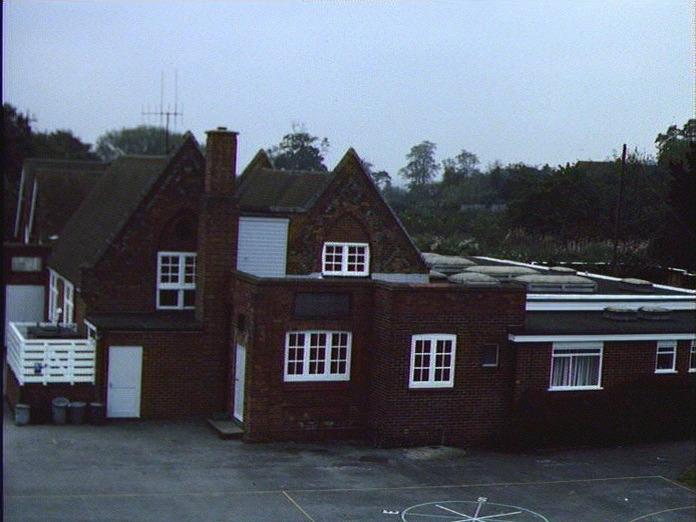 Knowl Hill School-1986