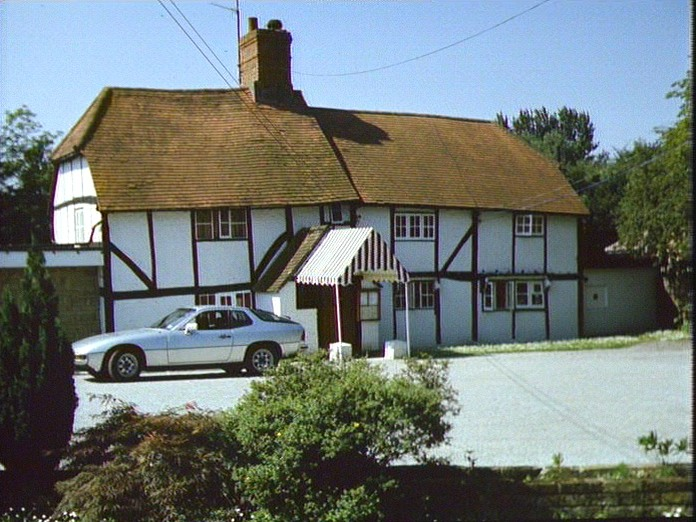 Cloche Hat Restaurant, Chobham-1986