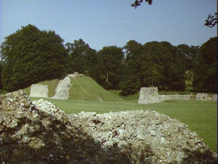 BERKHAMSTED AND ITS CASTLE.-1986