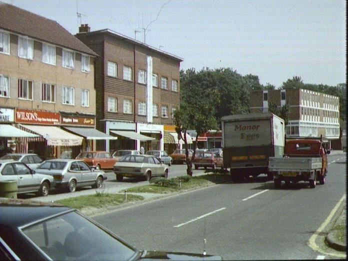 Main Parade, Chorleywood-1986