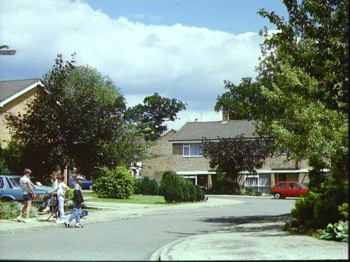 Modern housing in Clophill-1986