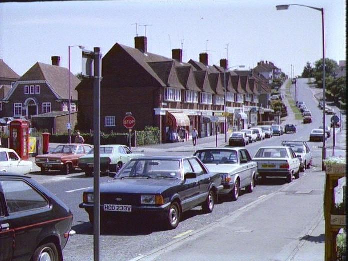 Ladies Mile local shopping-1986