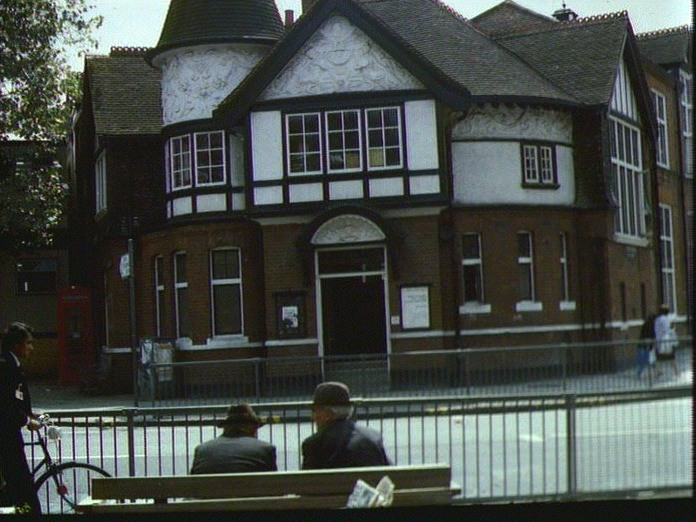 LIBRARY  HIGH ROAD  WILLESDEN-1986