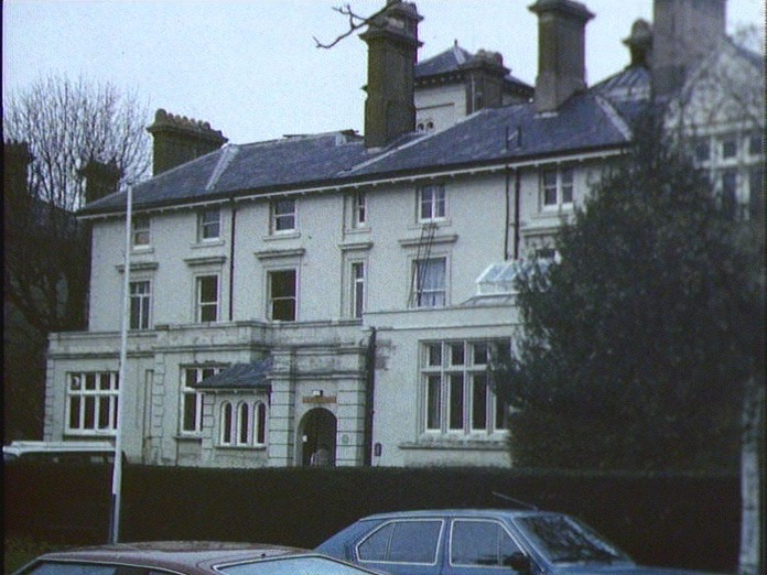 AVENUE HOUSE-1986