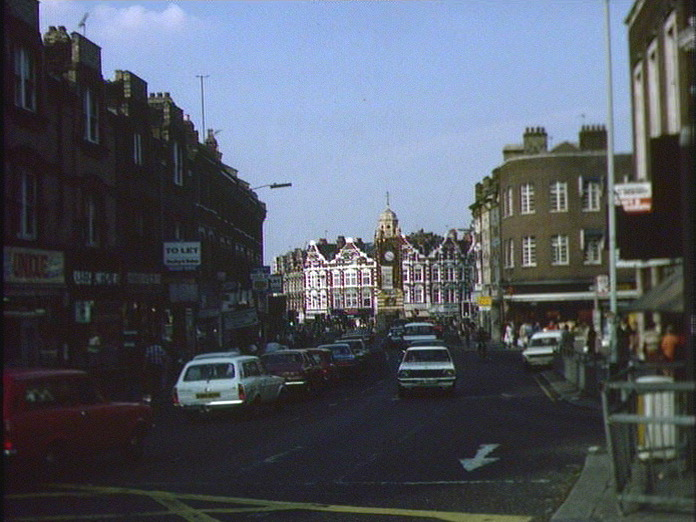 CROUCH END-1986