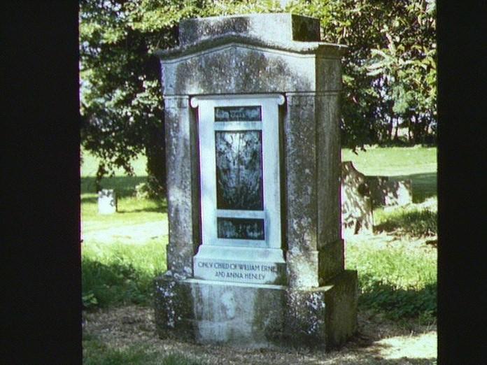 Wendy's grave.-1986