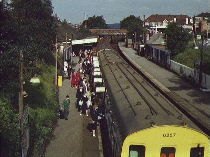 Bexleyheath Station, 8 a.m.-1986