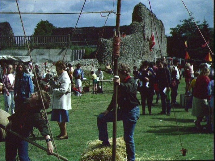 EVENTS-SCOUTS NORMAN CASTLE-1986