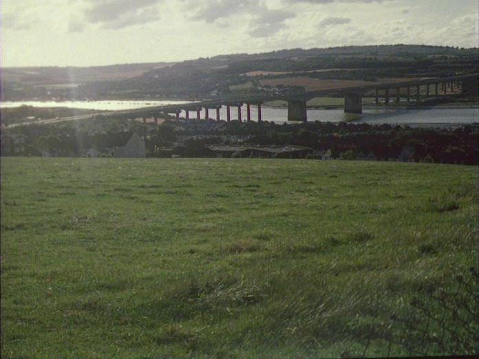 RIVER MEDWAY MOTORWAY BRIDGE-1986