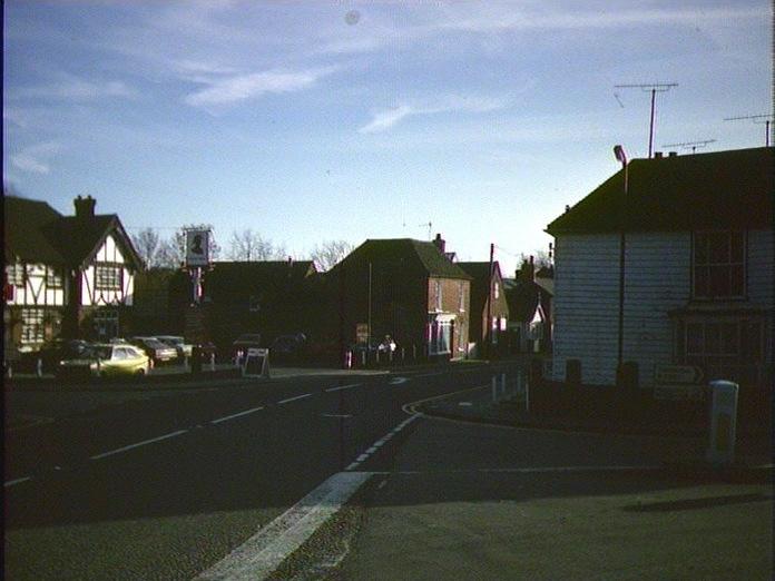 Hamstree-Crossroad